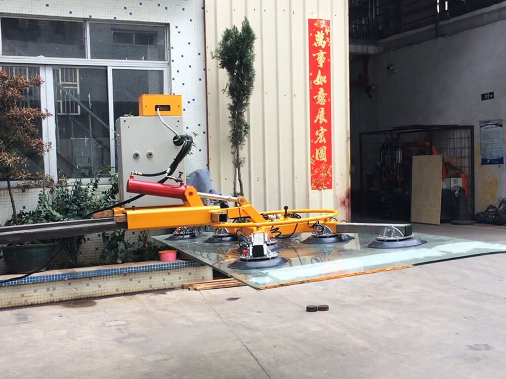 Glass Lifter Mounted On Forklift 4