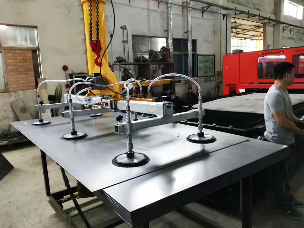 Metal Plate Vacuum Lifter 2