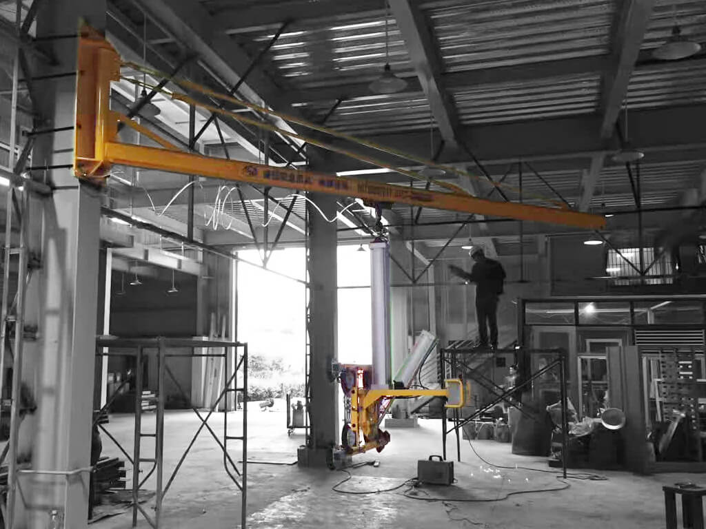 Wall Mounted Slewing Crane 5