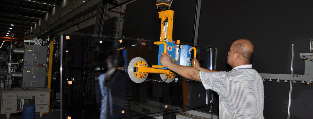 Vacuum Lifter For Glass Production And Processing