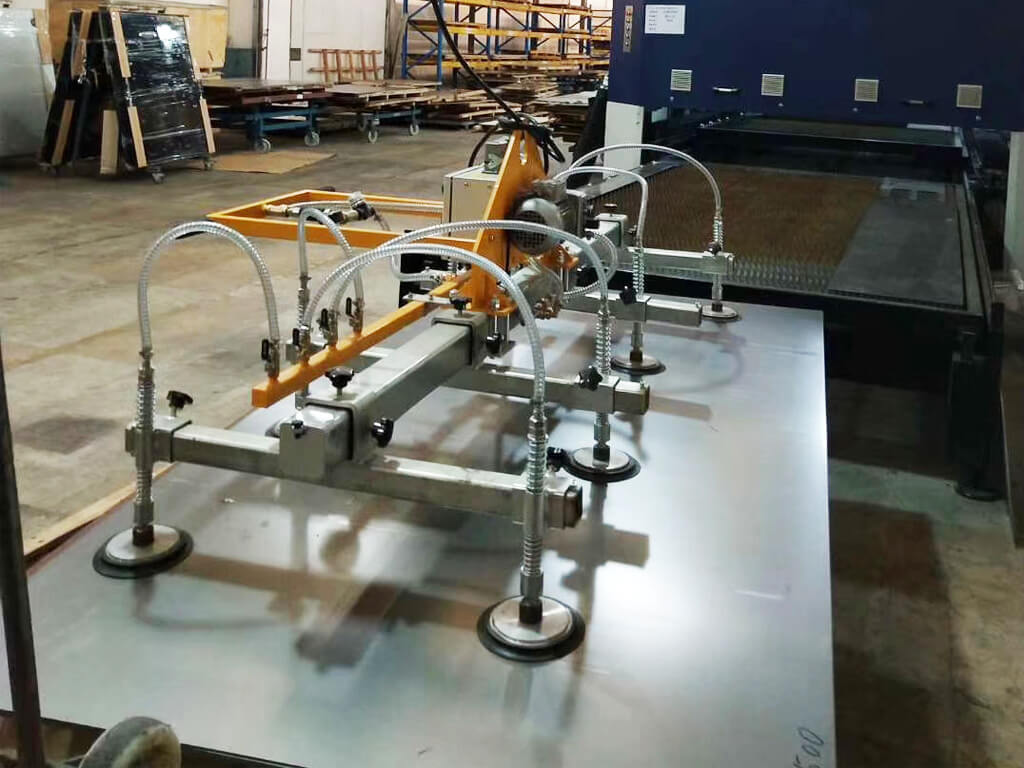 Vacuum Lifter For Metal Sheet In Cutting